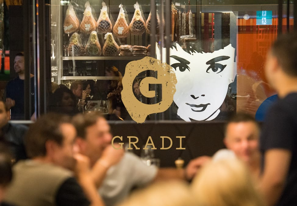 Pizza & Aperol at Gradi Restaurant