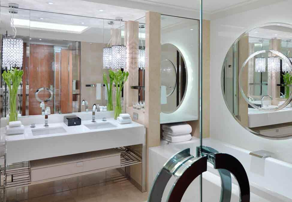 Melb Hotels CrownTowers TheStudio Bathroom 974x676