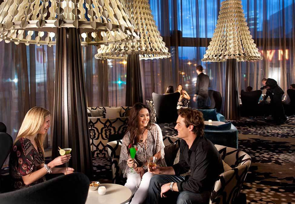 View Crown's Dress Standards - Crown Melbourne