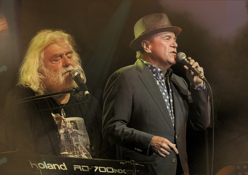 Crown Melbourne Glenn Shorrock & Brian Cadd The Palms Concert