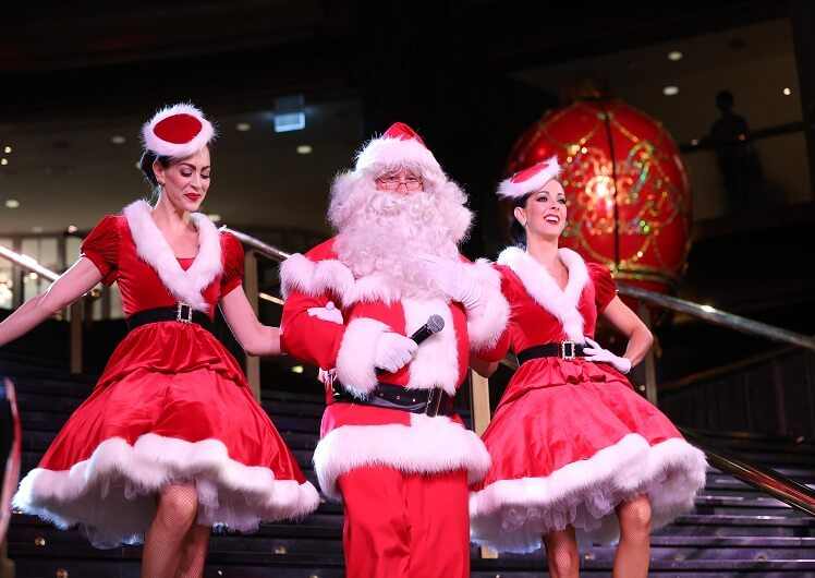 santa at crown melbourne
