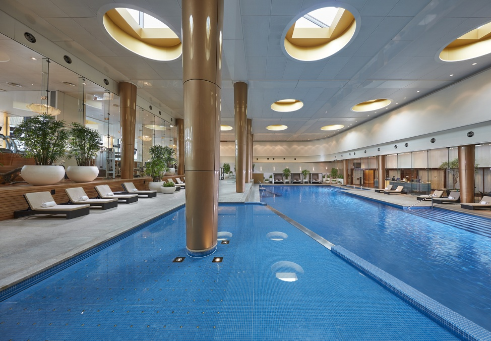 Melbourne Hotels Crown Towers Facilities Pool