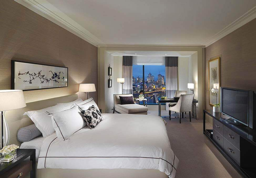 Melb Hotels CrownTowers PremierKing Bed