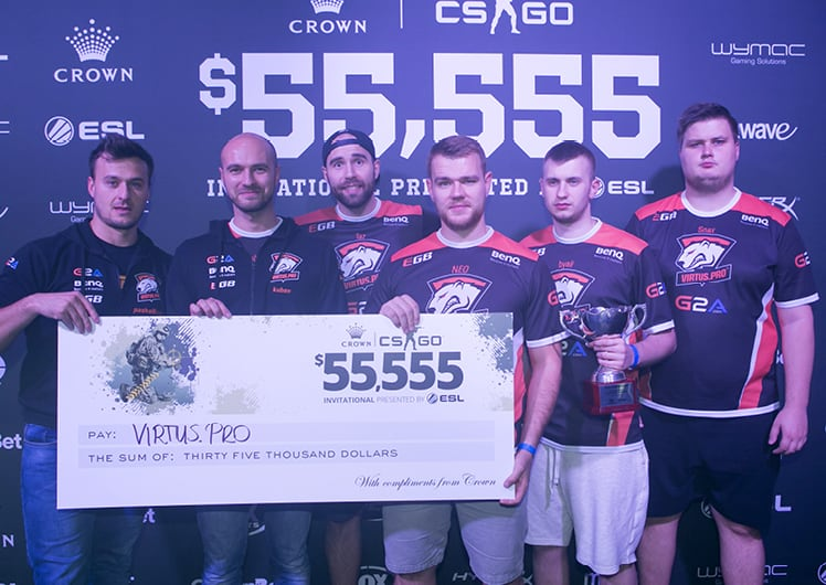 CROWN'S $55,555 COUNTER-STRIKE INVITATIONAL